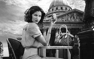 laetitia-casta-louis-vuitton-7-2009.jpg